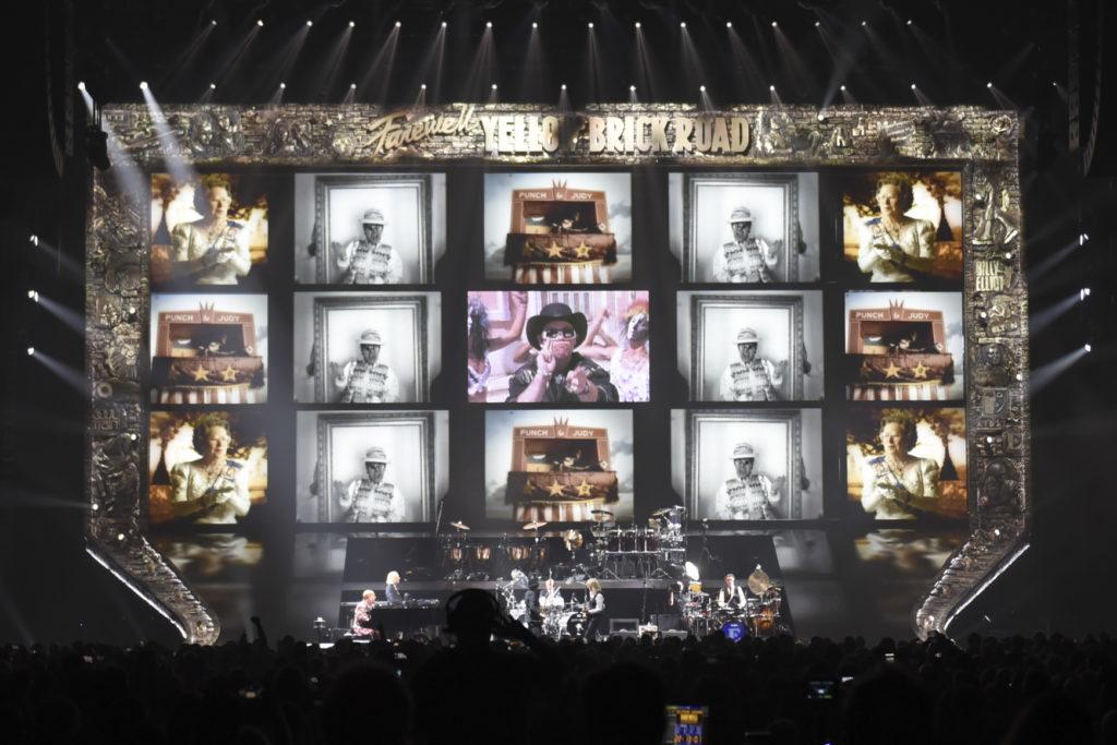 Copyright_Stufish_965-Elton John-Show-2018-09-08-441lucy W